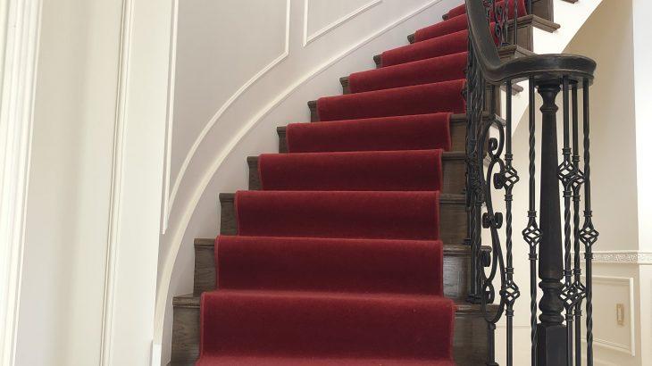 実例 -サーキュラー階段-